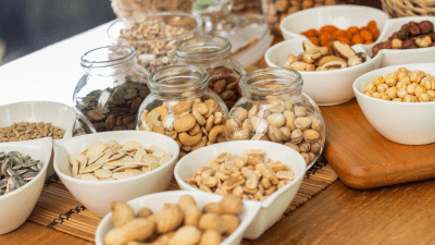 5 Reasons why Seeds and Nuts are good for health!